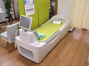 ベッド型マッサージ機